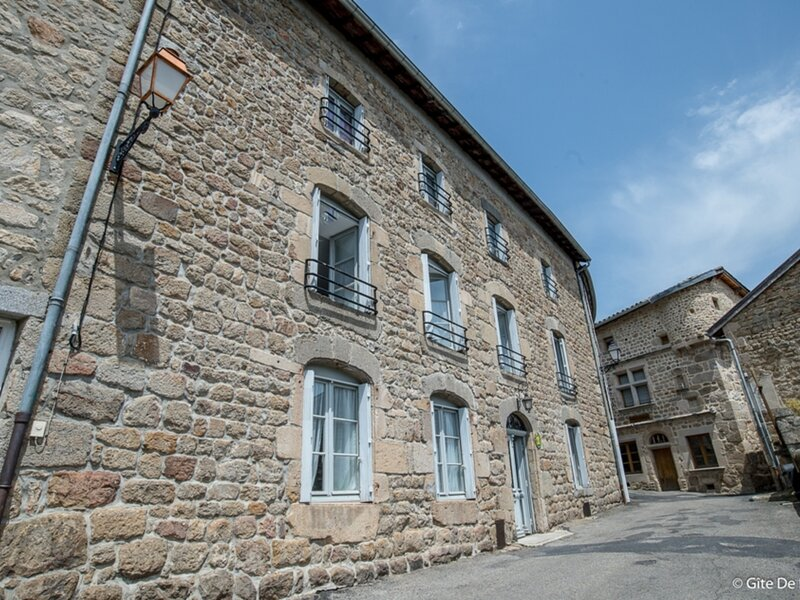 LAURENCY, holiday rental in Saint-Georges-Lagricol