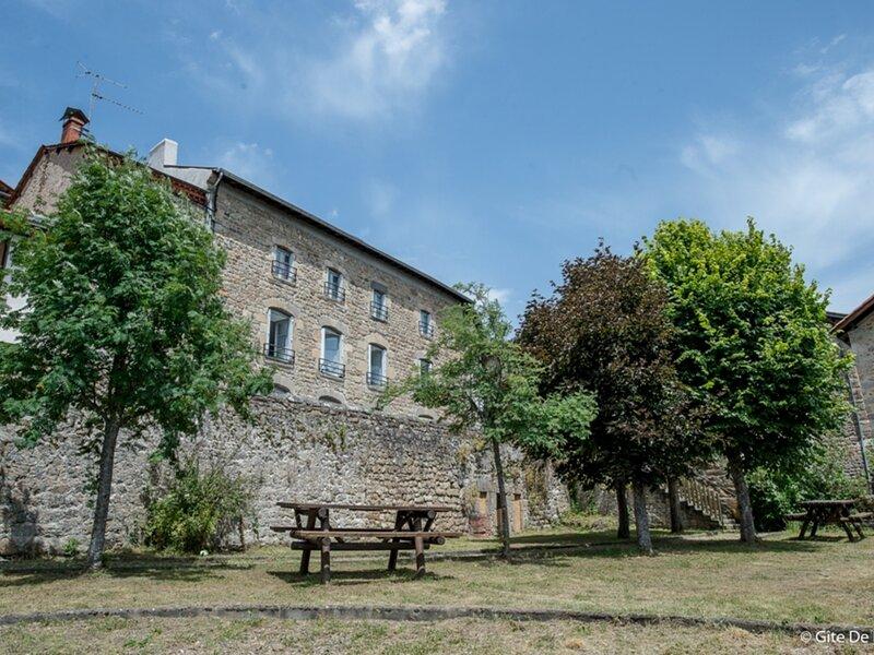 LIGONNE, holiday rental in Saint-Julien-d'Ance