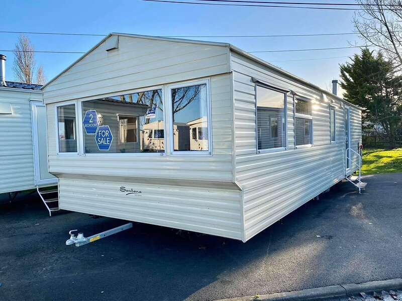 6 berth caravan at Steeple Bay Holiday Park ref 36057E, holiday rental in Maldon