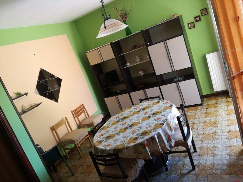 Appartamento vicino al mare San Salvo Marina Zona centrale, holiday rental in San Salvo Marina
