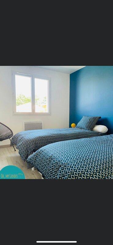 Maison neuve  classé 3 étoiles, holiday rental in Saint-Paul-en-Born