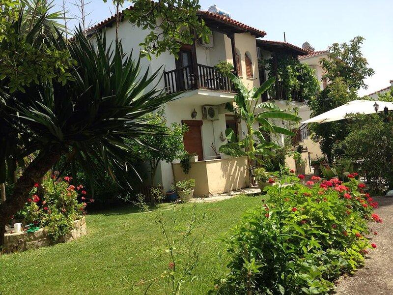 Villa Maro3 Afytos, location de vacances à Afitos