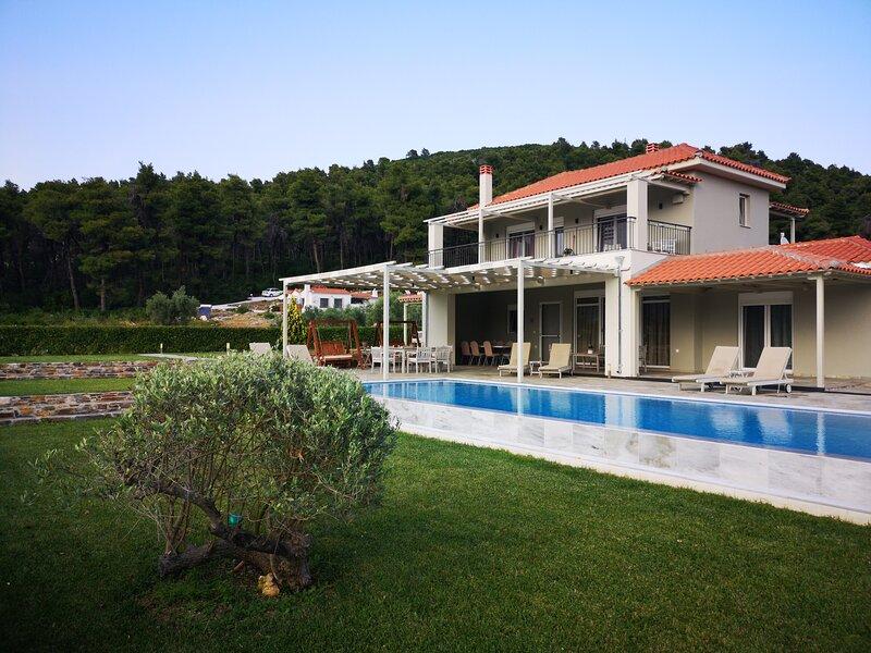 Villa Aelia by Kardous, casa vacanza a Città di Skopelos