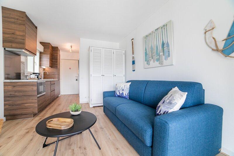 Le Roucaou - Appartement vue mer, location de vacances à Villeneuve-Loubet