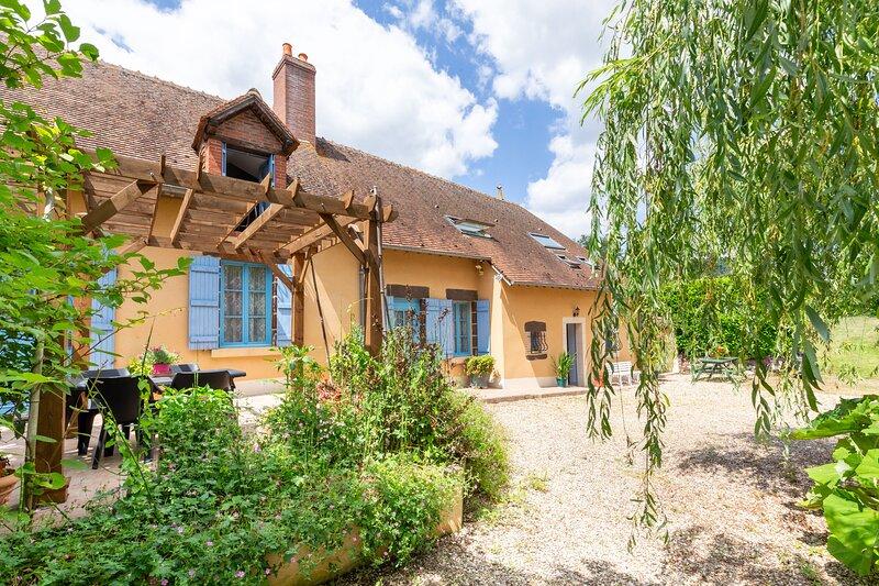 Gîte Moulin de Pilate - Longère 2 chambres et parc, casa vacanza a Vailly-sur-Sauldre