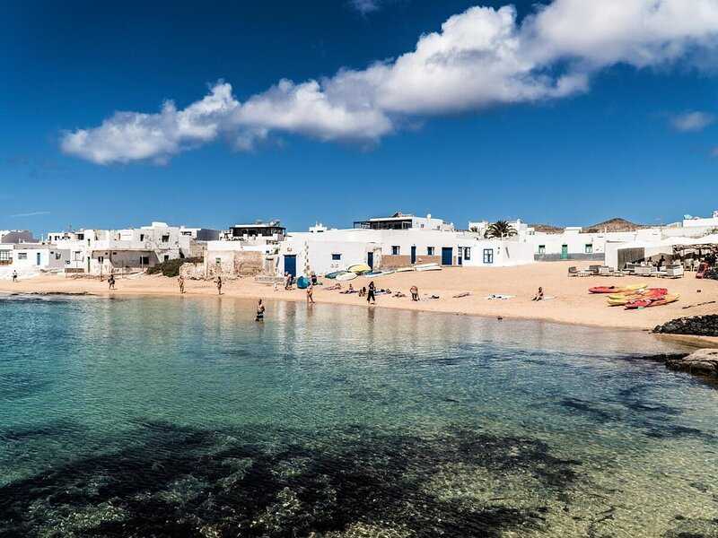 El Ancla · El Ancla, your spot in La Graciosa, alquiler de vacaciones en Caleta de Sebo