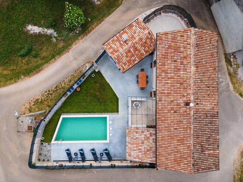 Villa No.8, holiday rental in Gracisce