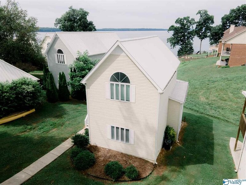 Lake House with a View, holiday rental in Rogersville
