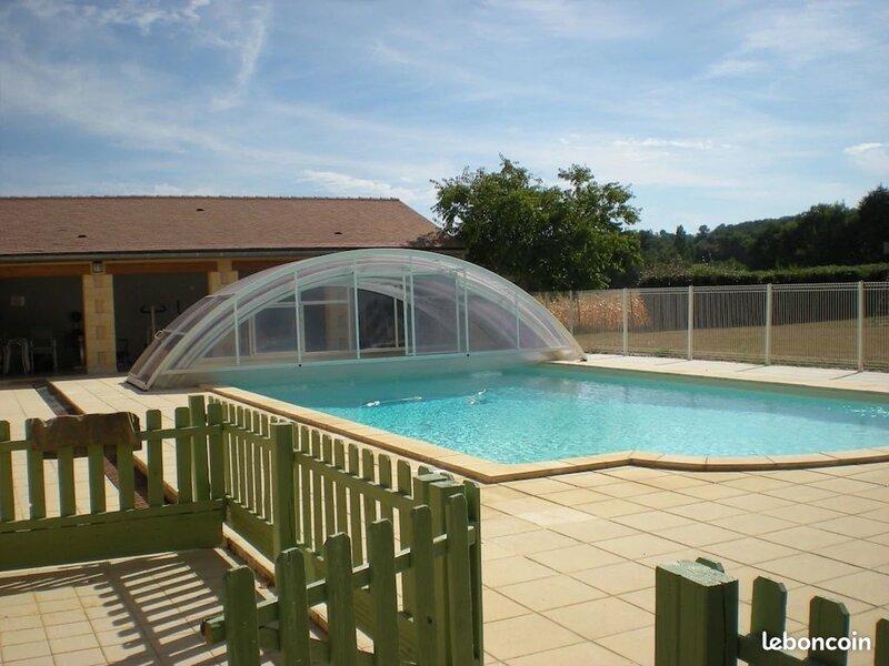 Gite la Rose - au coeur de la Dordogne pour 8 personnes, holiday rental in Cendrieux