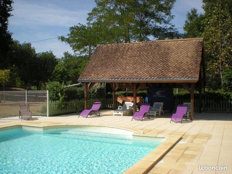 Gite Mimosa - 6 personnes au coeur de la Dordogne, holiday rental in Cendrieux