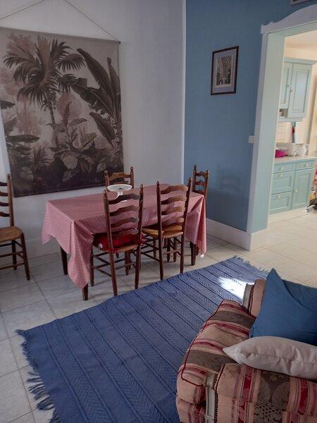 villa surcouf  maison compléte  pour 4 personnes  a 5minutes de la mer, location de vacances à Mers-les-Bains