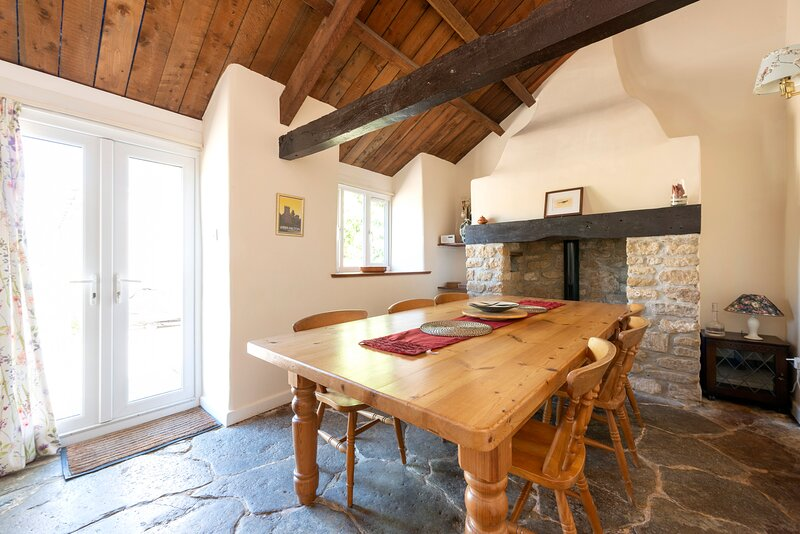 Tanglewood Cottage, Lancombes House, location de vacances à Stoke Abbott