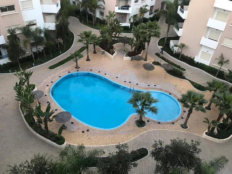 Luxurious Apartment Nouacer Near the Airport witth Garden View, alquiler de vacaciones en Nouaceur