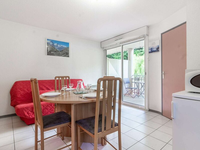 APPARTEMENT T2 CABINE 4 PERS RESIDENCE DE LYSE, holiday rental in Saint-Sauveur