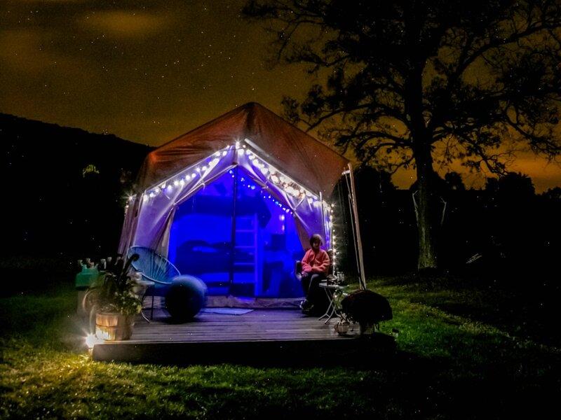 Tentrr Signature Site - Little Sit Farm   Cosmic Glamping Site, alquiler vacacional en Binghamton
