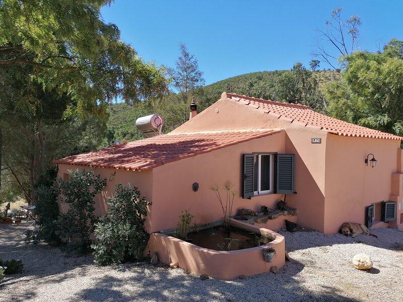 Rural Splendor 2-Bed Cottage *Talurdo Retreat, location de vacances à Cumeada