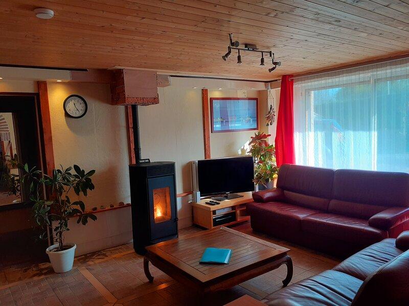 Maison & Table d'Hôtes l'Imprévu, holiday rental in Vue