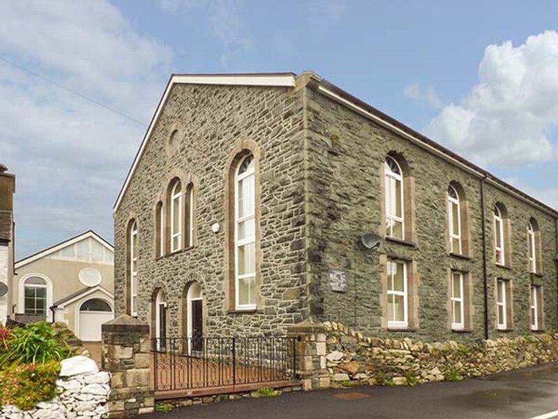 3 Capel Brynrefail (938970), Llanrug, vacation rental in Deiniolen