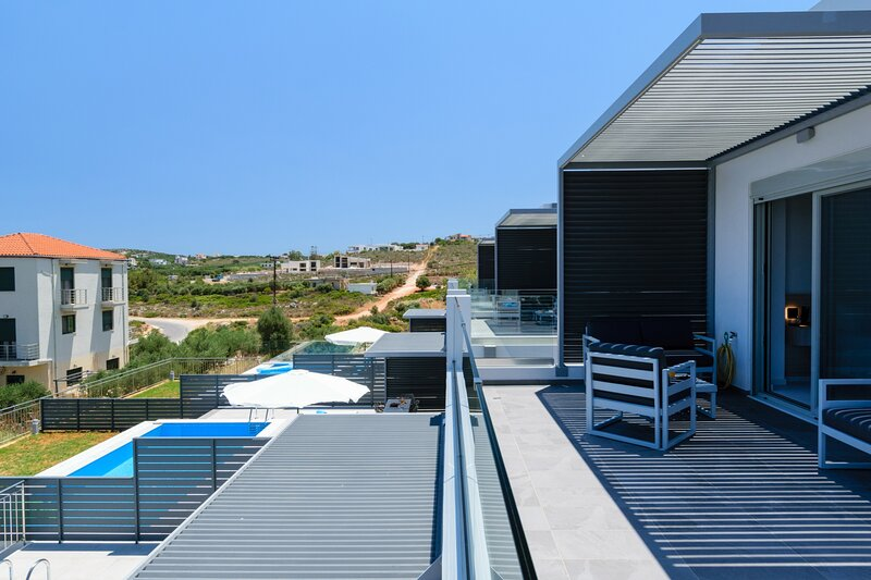 3-bedroom villa, ideal for family, luxury, private pool, sea view, vacation rental in Kounoupidiana