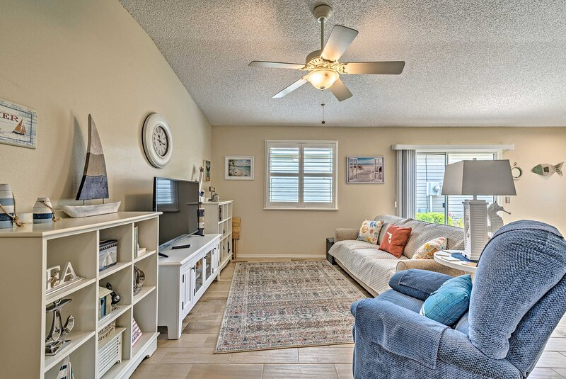 NEW! Family Home w/ Screened Porch in The Villages, holiday rental in Summerfield