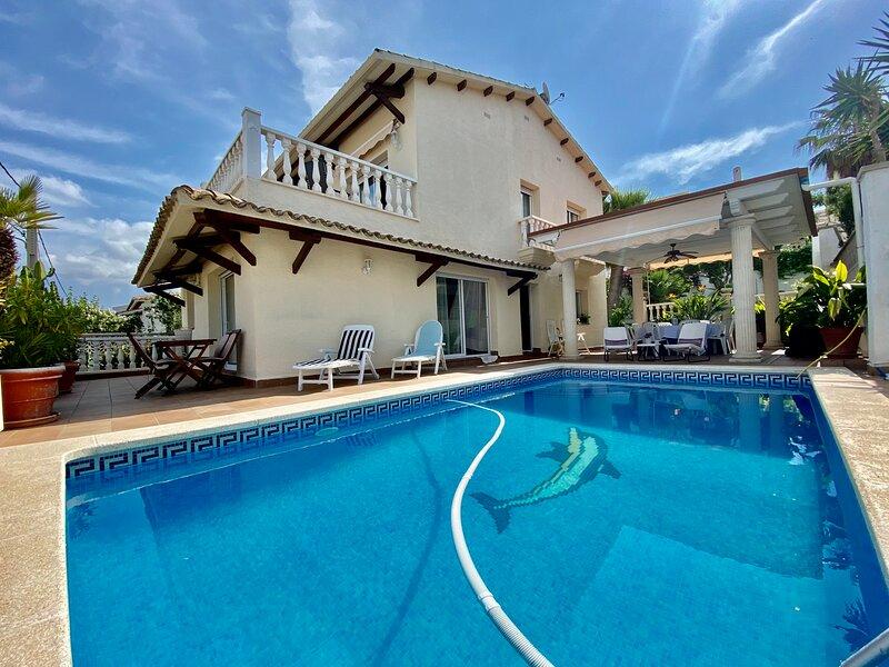 KARMA HLCLUB HOUSE HUTB-017367, aluguéis de temporada em Sant Pere de Ribes
