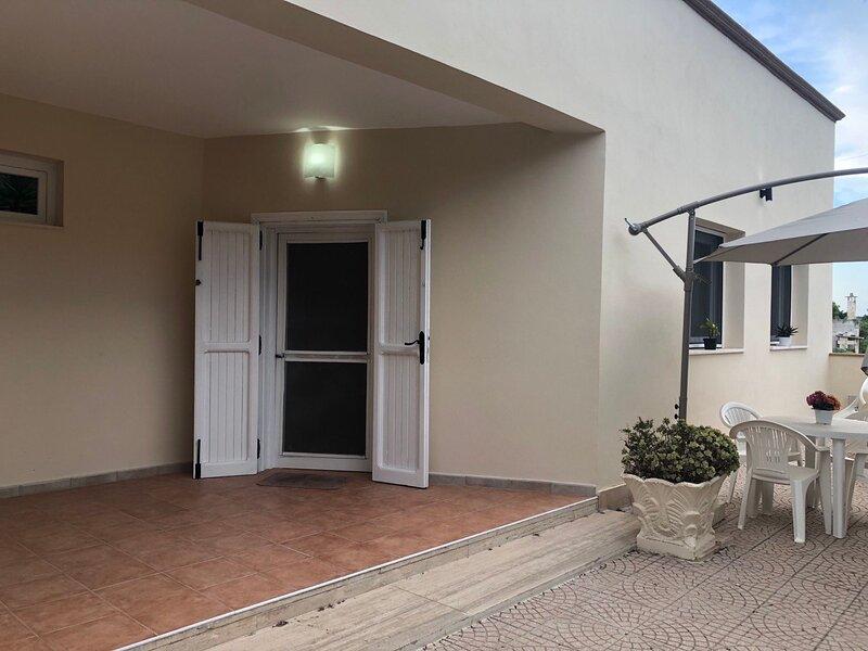 Villa Susanna Room Dalila, holiday rental in Talsano