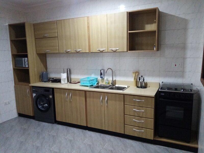 Hidden Gem In Oyibi New 2 Luxury Bedroom Apartment, holiday rental in Oyarifa