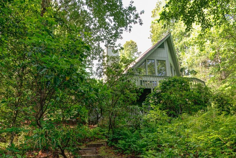 The Oak Lake House on Wanteska, vacation rental in Rosman