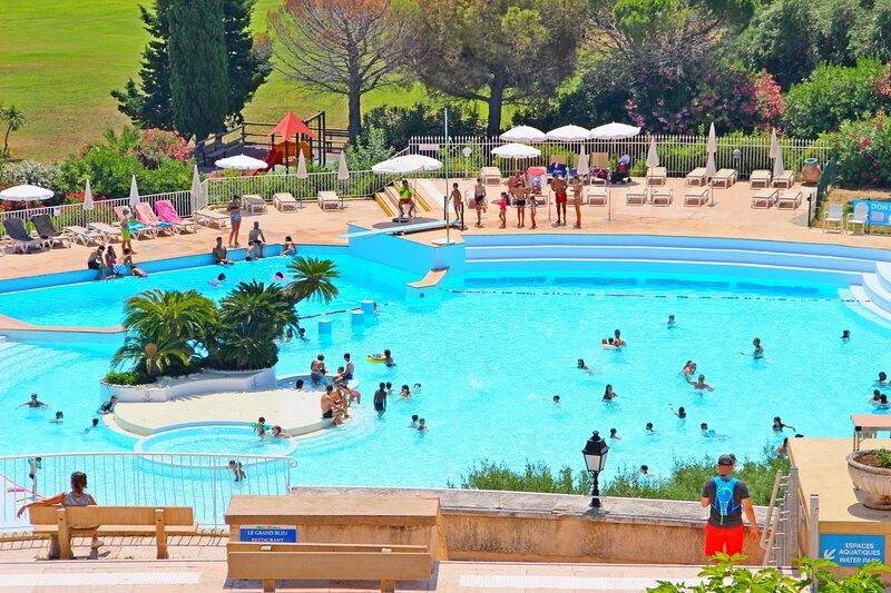 Cap Esterel Village: 2 pièces rénové vue mer R1- 420la, holiday rental in Agay