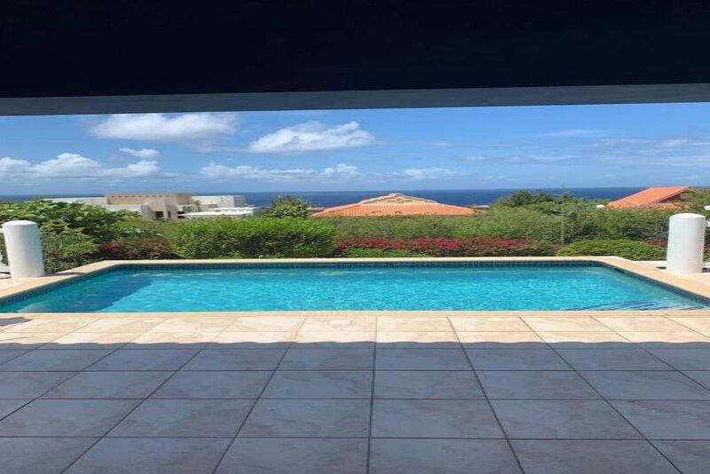 Vakantiehuis Casa Rietje met prive zwembad op luxe resort!, vacation rental in Tera Kora