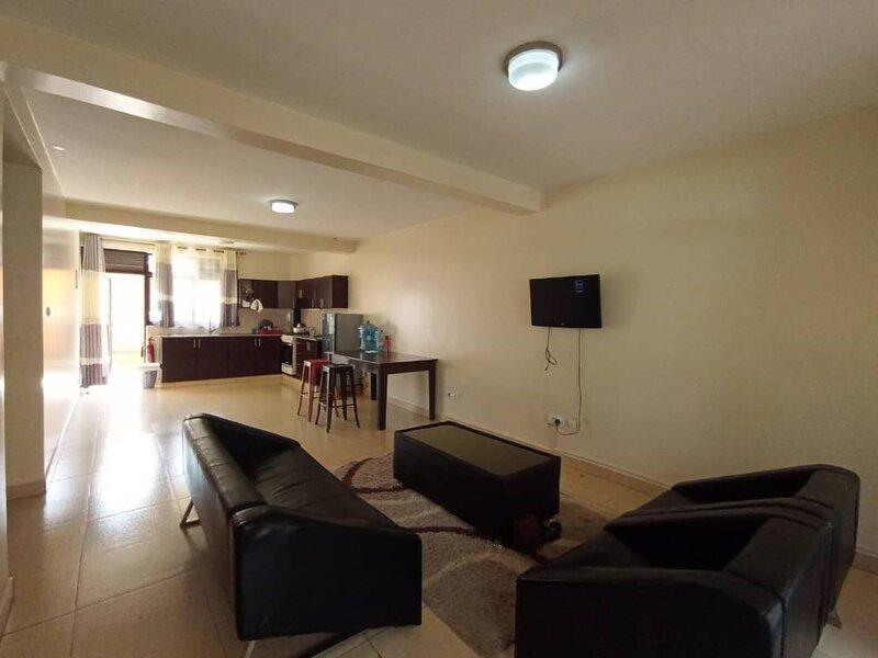 Excellent 2 Bedroom Apartment Myplace, alquiler de vacaciones en Kigali