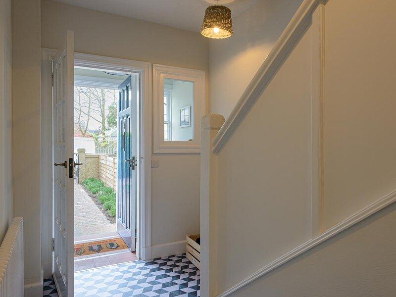Marine House - 4 bedrooms, holiday rental in Gullane