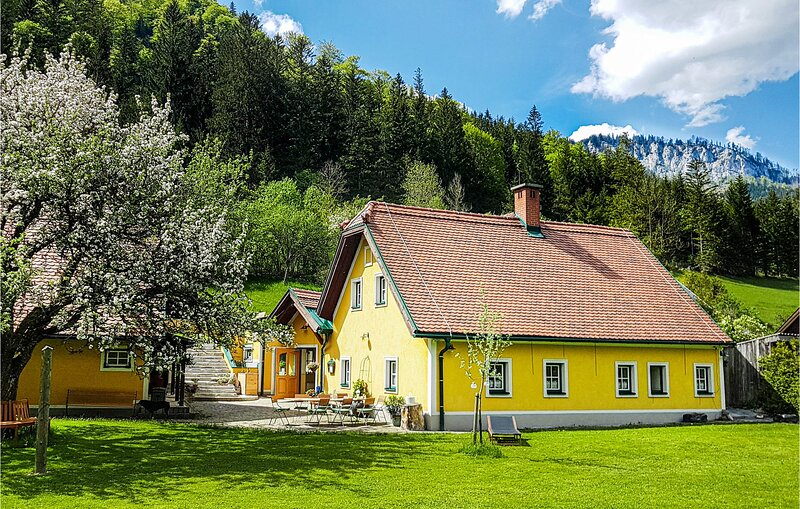 Amazing home in Mürzsteg with Sauna, WiFi and 3 Bedrooms (AST219), holiday rental in Annaberg