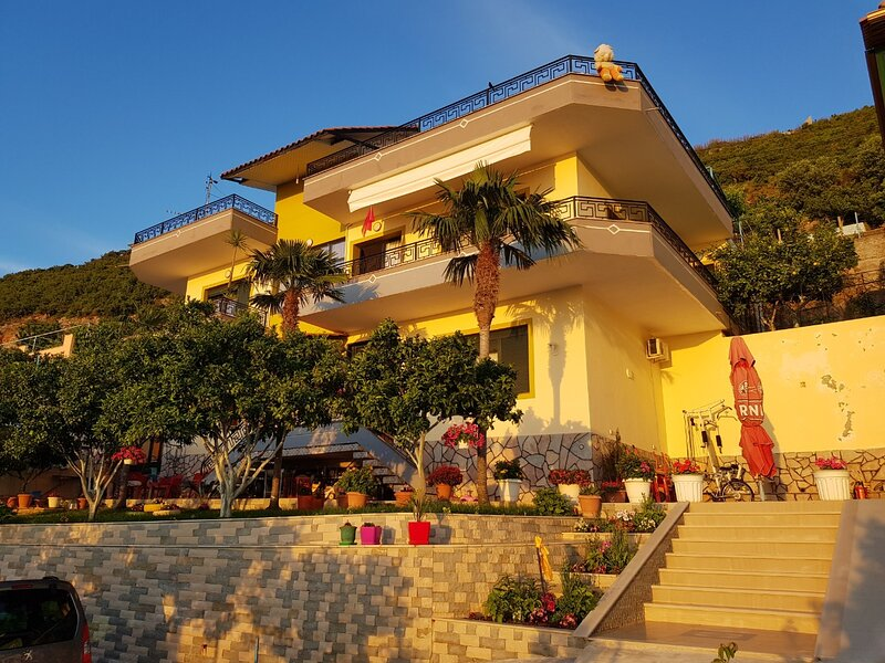 Villa Meminaj, location de vacances à Orikum