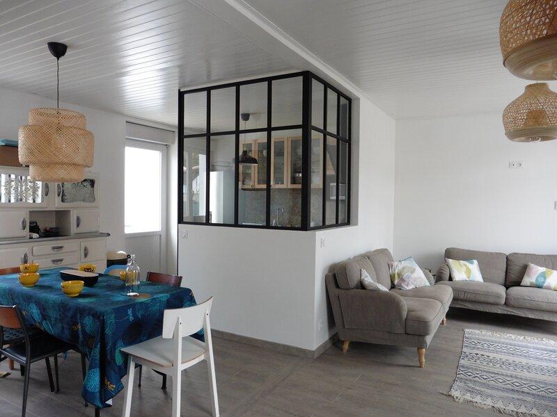 Maison familiale proche de la forêt avec WIFI - LA BARRE DE MONTS - FROMENTINE, holiday rental in Beauvoir-Sur-Mer