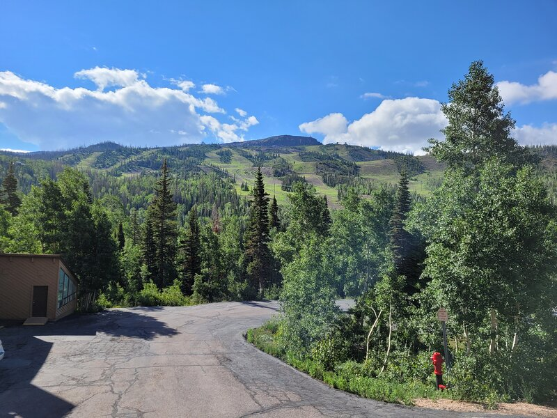 Great View From F2 ! Across from Giant Steps Ski Lift, holiday rental in Parowan