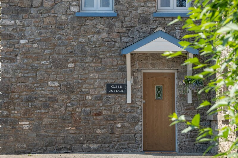 Glebe Cottage - 2 Bedroom Holiday Home - St. Florence, location de vacances à Sageston