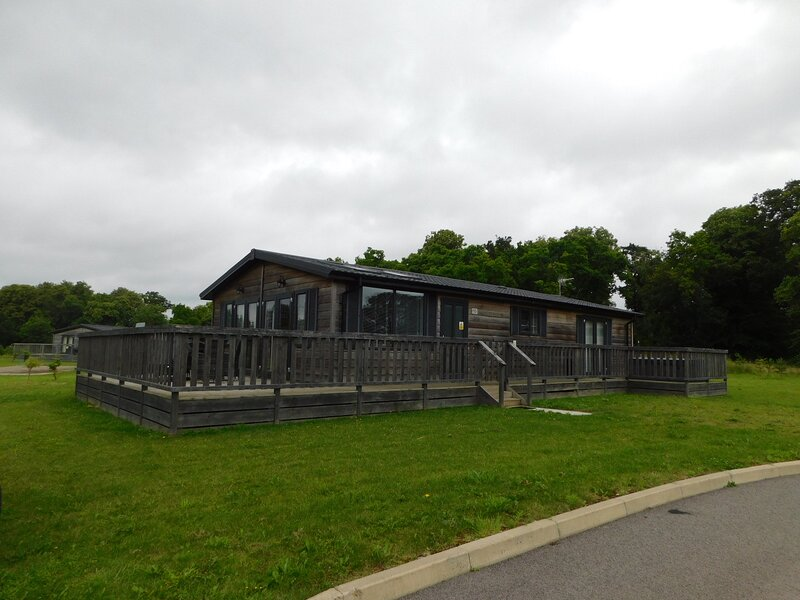 Beautiful 2-Bed Lodge in Bury St Edmunds, holiday rental in Thetford