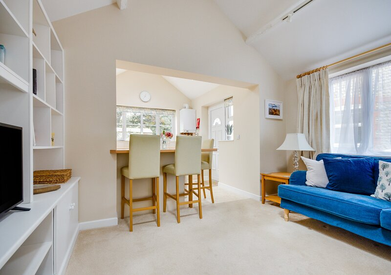 The Coach House, holiday rental in Gimingham