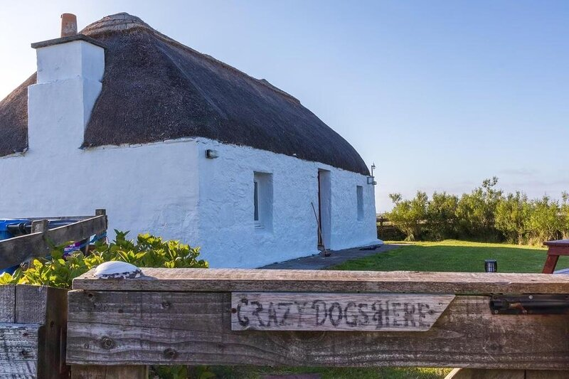 Taigh Violet Rose, holiday rental in Baleshare