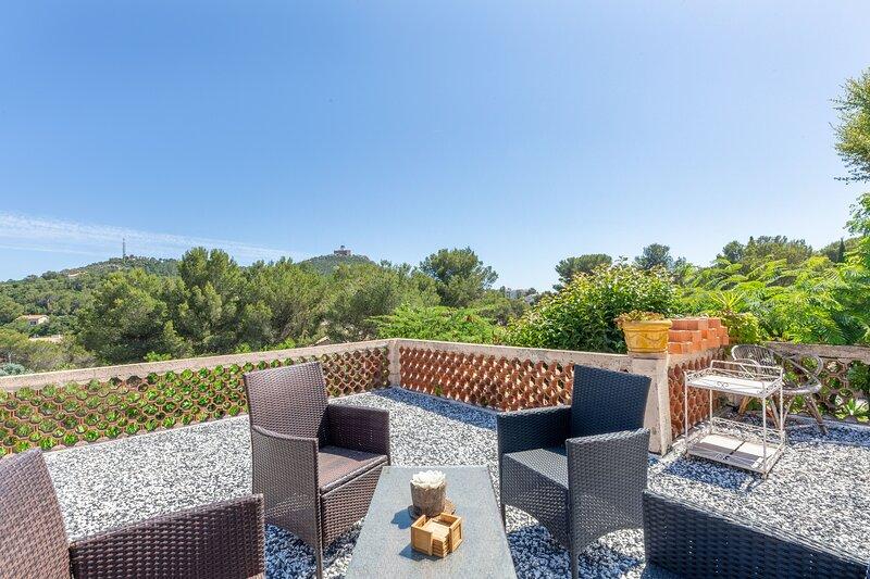 Pivoine - Proche plage avec terrasse, holiday rental in Le Dramont
