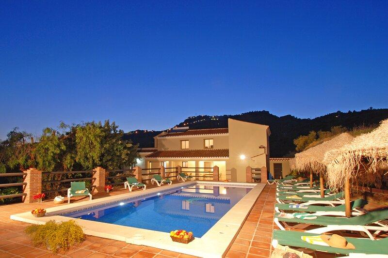 Villa Los Poyatos, holiday rental in El Borge