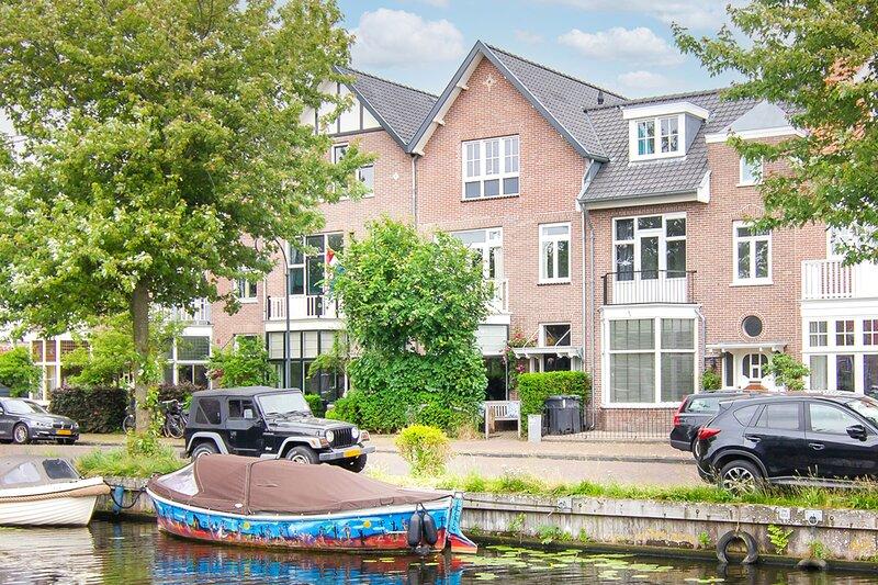Princess Residence - a great family getaway near the beaches & Haarlem, aluguéis de temporada em Haarlem