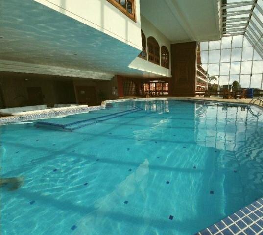 Quatre Saisons 403  - Apartamento novo em condomínio com serviço de hotelaria, Ferienwohnung in Tremembe