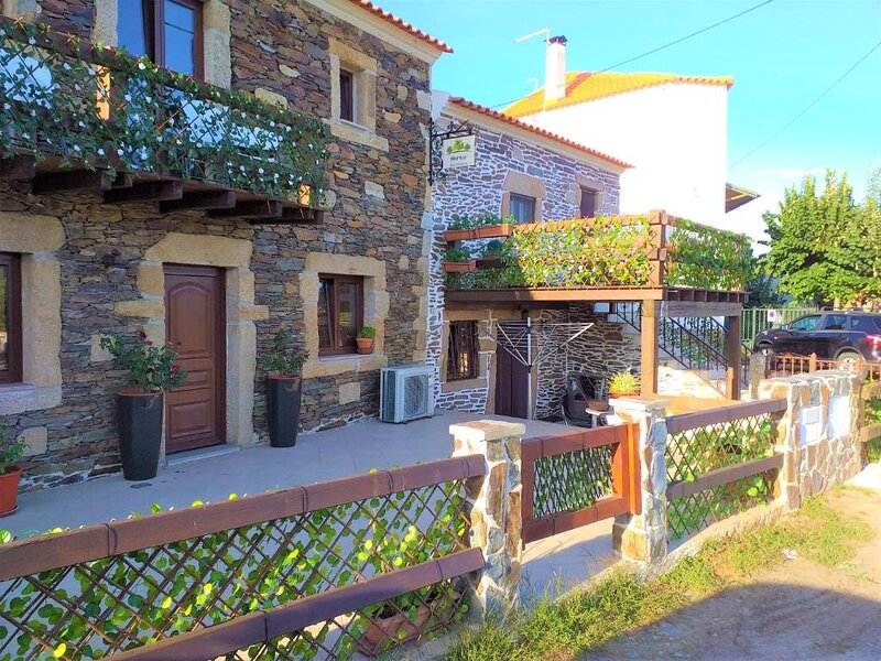 Meimoa Guesthouse, holiday rental in Peraboa