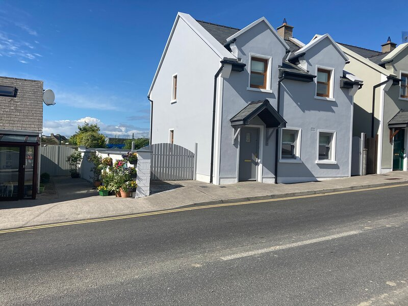 Beautiful 3-Bed House in Co Clare, location de vacances à Liscannor