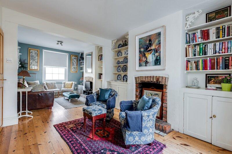 3-Bed Cosy Bookbinder House in Jericho Oxford, casa vacanza a Botley