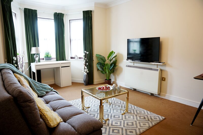1 Bed Executive Apartment, holiday rental in Gerrards Cross