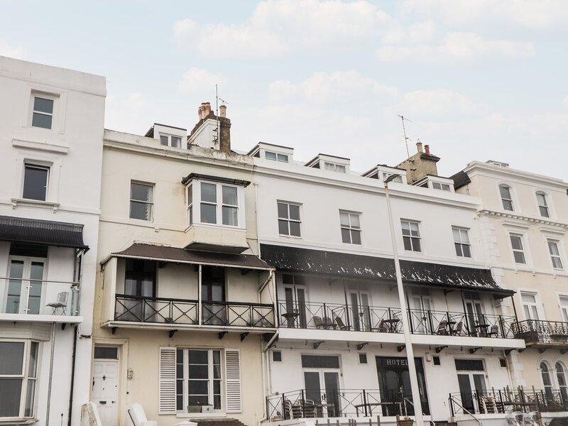 Fairlight View, Sandgate, vacation rental in Folkestone