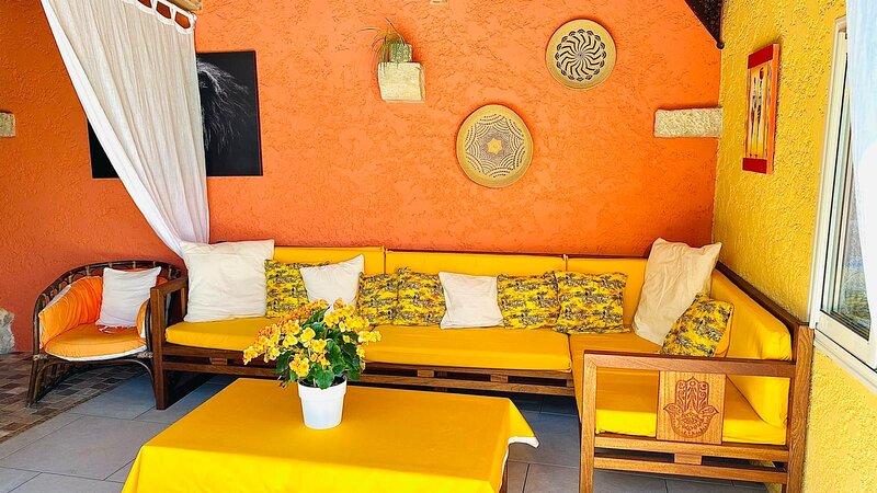 Chambre d'hôtes 18 m2 Lou Soleou, holiday rental in La Celle